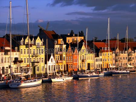 azul casas igreja cidade ferias navios