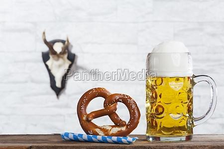 bayerische mass and a pretzel