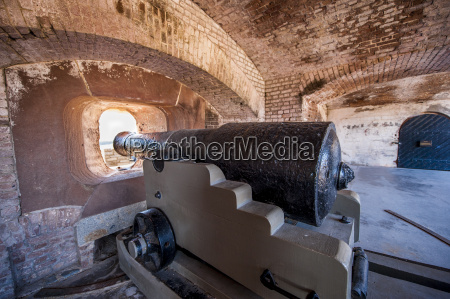 cannon battery at historic fort sumter