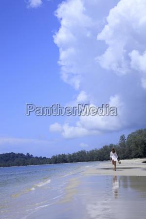 beach in ream national park sihanoukville